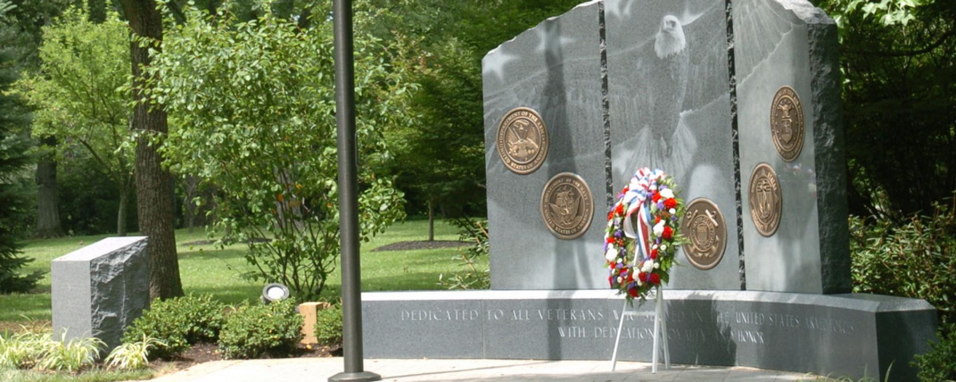 Front view of Indian Hill Veteran's Memorial