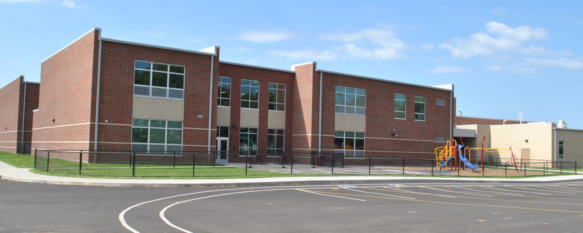 Front view of Fairfield Central Elementary School
